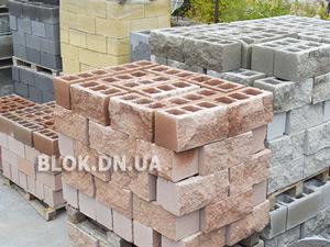 shlakoblok-dekorativnyj-small